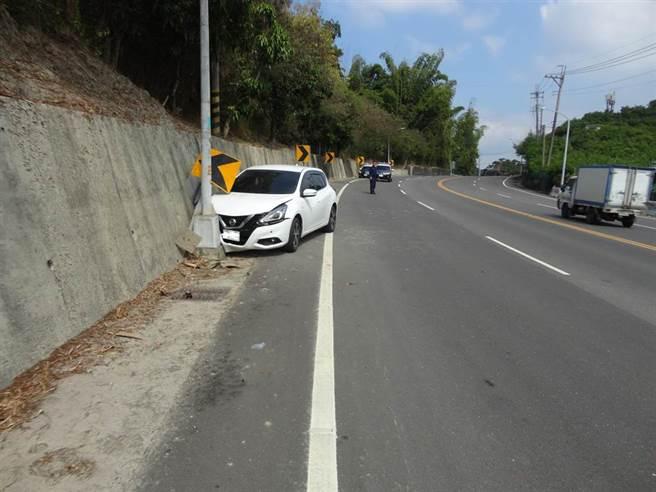 台南市左鎮區台20線28.5公里處11日中午發生一起死亡車禍,46歲江姓男子傷重不治。(讀者提供/劉秀芬台南傳真)