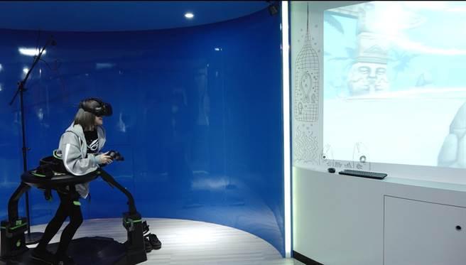 電競數遊系因應趨勢加入AR、VR等娛樂題材相關設計及教學。(campus編輯室攝)