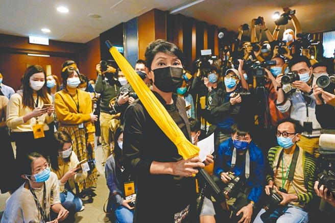 香港4名泛民派議員被大陸全國人大立法取消資格,引起西方多國關切。(路透)