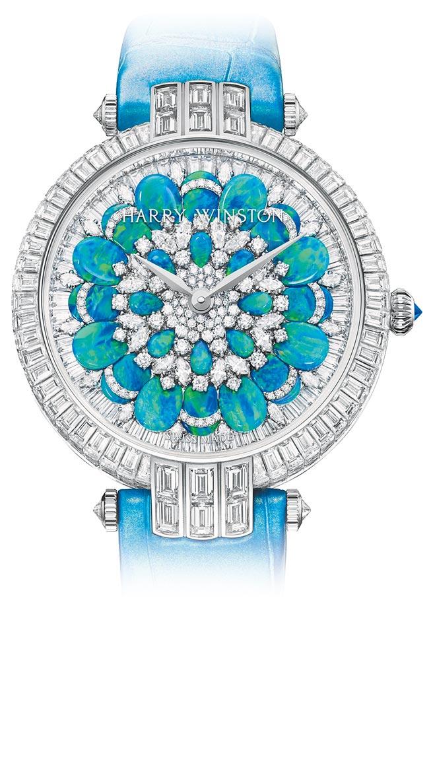 海瑞溫斯頓以萬花筒為靈感打造的卓時Premier系列Hypnotic Chrysanthemum頂級珠寶表,927萬元。(海瑞溫斯頓提供)