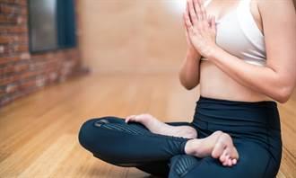 陸女驚傳做瑜伽猝死 出現2警訊別硬撐 先休息