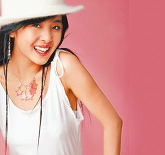 Top1「劉德華乾女兒」15歲暴紅遭亂傳陪睡 上節目被迫看自己不雅照崩潰