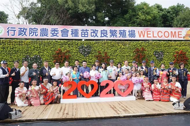 「2020新社花海暨台中國際花毯節」14日盛大開幕。(王文吉攝)