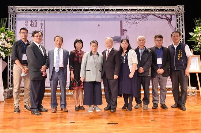趙天儀「追思紀念會」14日於靜宜大學舉行,台灣重要文壇人士參與,場面溫馨感人!(陳世宗攝)