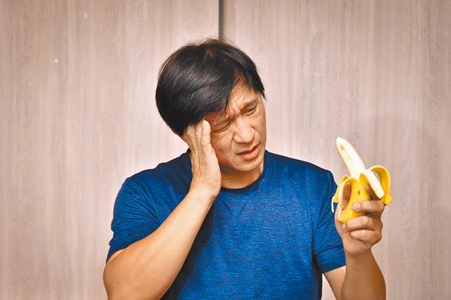 台灣男性勃起功能障礙有年輕化趨勢,40歲以下輕熟男5年增3倍,若不及早求診,心血管疾病恐提早上身。(利眾公關提供/陳人齊台北傳真)