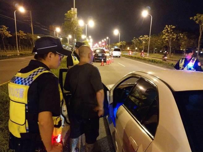 酒駕肇事頻傳,取締酒駕勤務是警方重點工作項目之一。(警方提供/曹婷婷台南傳真)