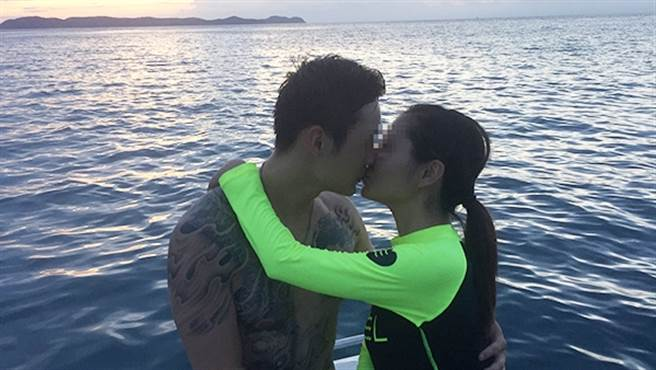 俞男去年將懷有身孕的妻子推下,幸運生還的她向媒體揭露事發當時,更曝丈夫的所有舉止,令她毛骨悚然。(圖/翻攝自澎湃新聞)
