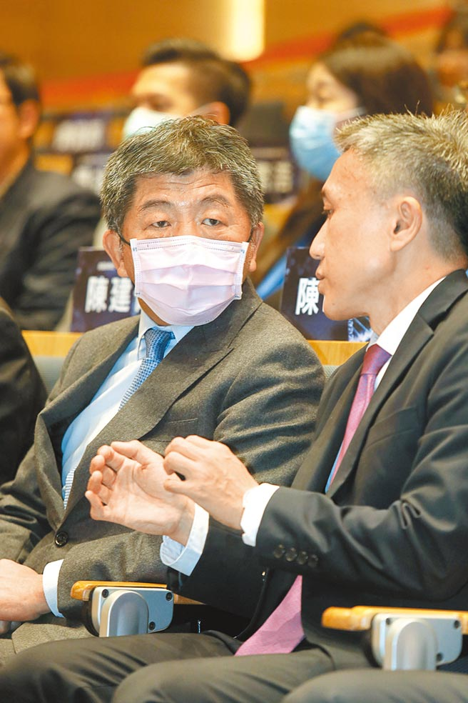 國民黨前副祕書長蔡正元酸林全沒有反中基因,異想天開要引進大陸代理的疫苗來台,終於栽在衛福部長陳時中手上。(本報資料照片)