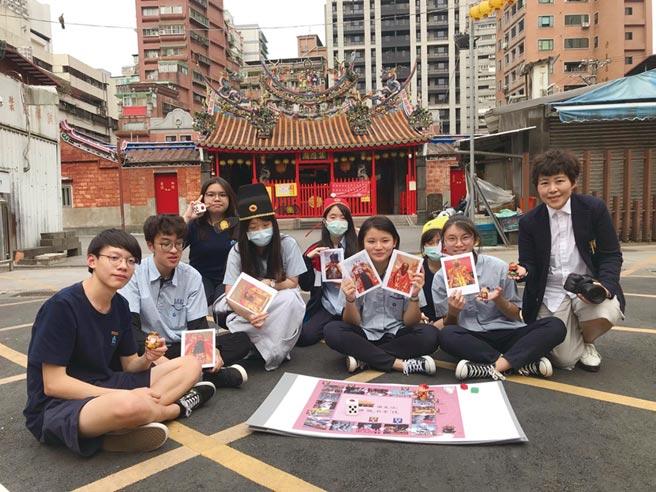 「深耕校園類」由萬芳高中師生再次獲得中學師生組首獎。圖/信義提供