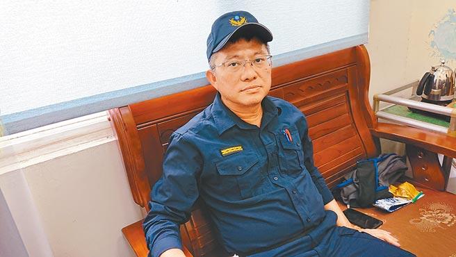台南市警五分局副分局長朱恩銳澄清警方並未吃案。(程炳璋攝)