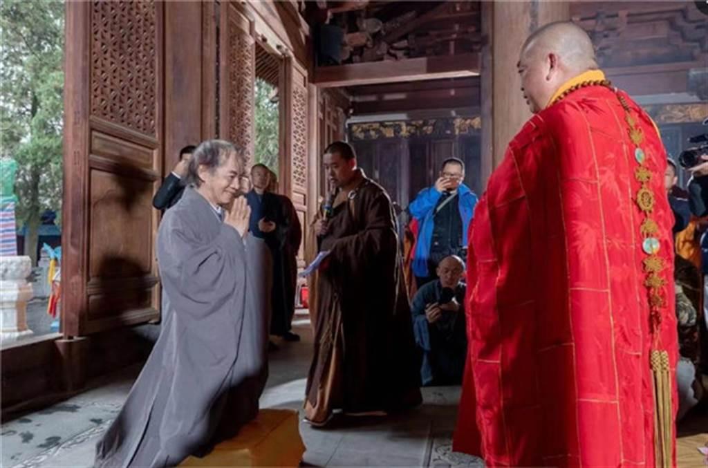蔡志忠有關佛學的著作與漫畫影響了許多人獻身佛教,在大陸的佛教復興過程中發揮重要作用。(圖/佛教在線)