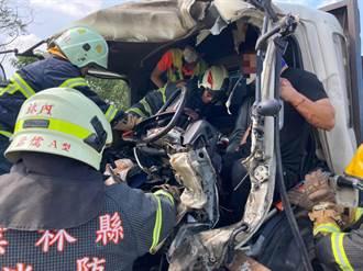 大貨車追撞砂石車 台大醫上國道馳援原擬截肢受困司機