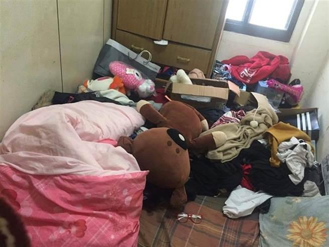 男友意外因為女友媽媽的要求進去女友房間,發現髒亂不堪,讓他相當崩潰。(圖/翻攝自靠北女友)