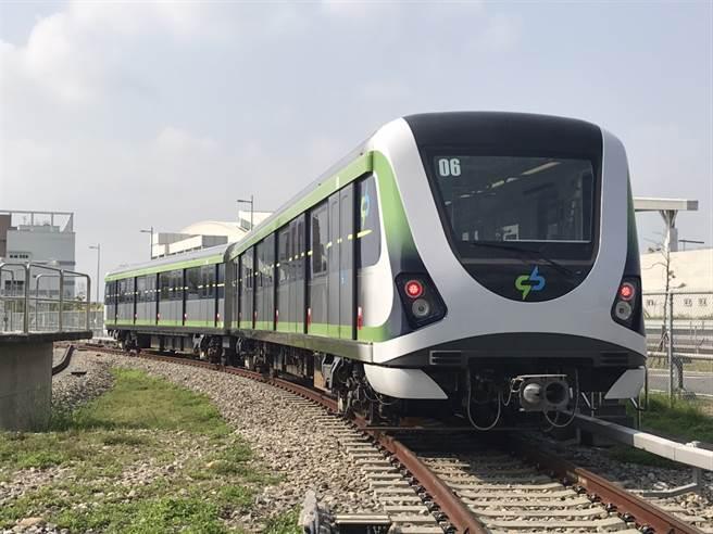 台中捷運綠線在(16)日進行試營運,開放民眾一個月免費搭乘,並將於12月19日正式通車。(台中市公共運輸及捷運公程處提供)
