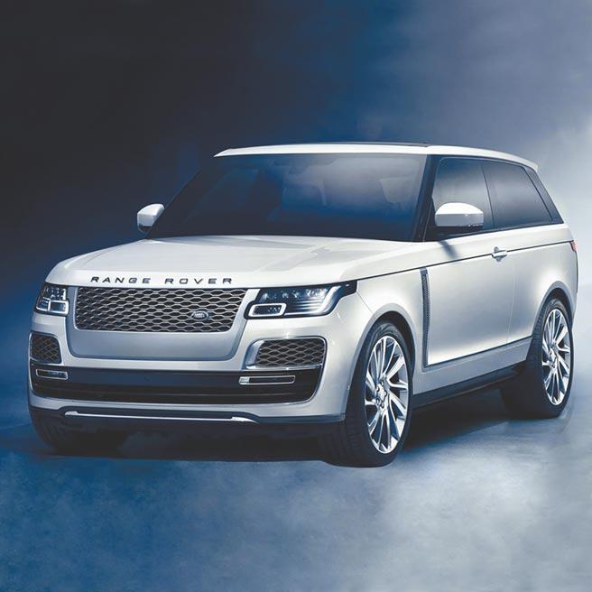 微风「BREEZEONLINE」首创线上购物可预约鑑赏Land Rover RANGE ROVER等名车。(微风提供)