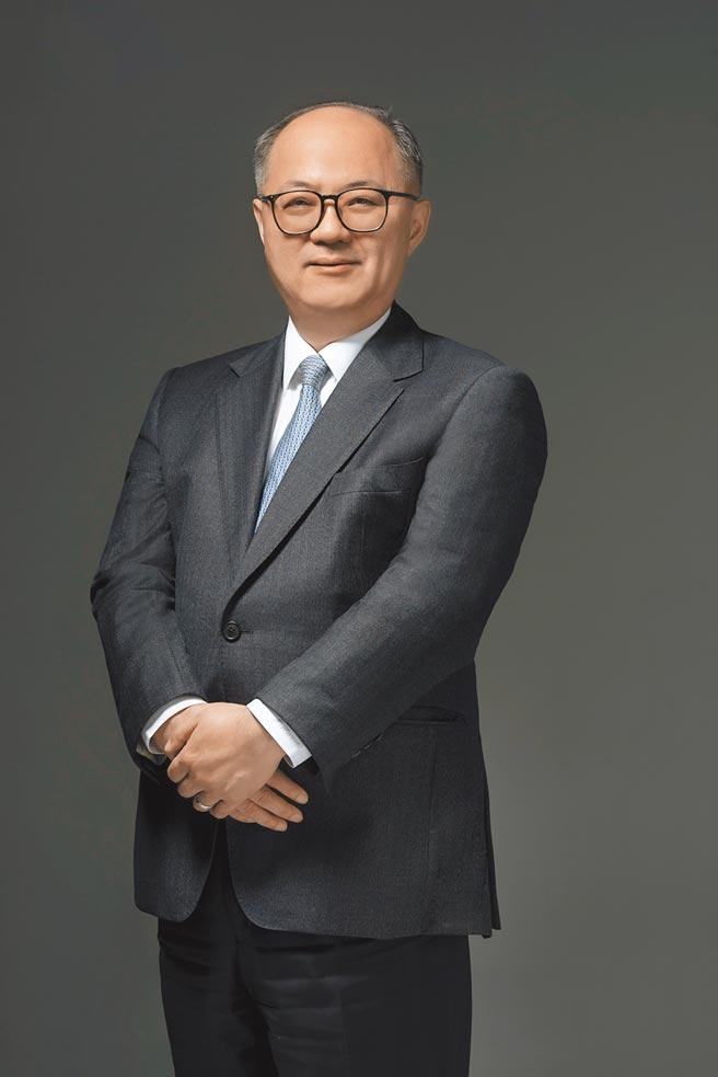 韓蔚廷(富邦金控總經理)