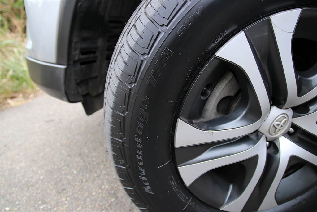 第一個發明「黑色」輪胎的品牌 BFGoodrich Advantage T/A Drive、SUV全地形胎體驗