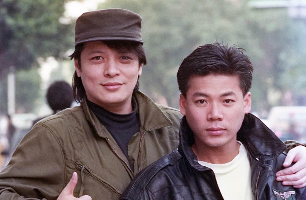 劉文正引退近30年,右邊為巫啟賢。(圖/中時資料照片)
