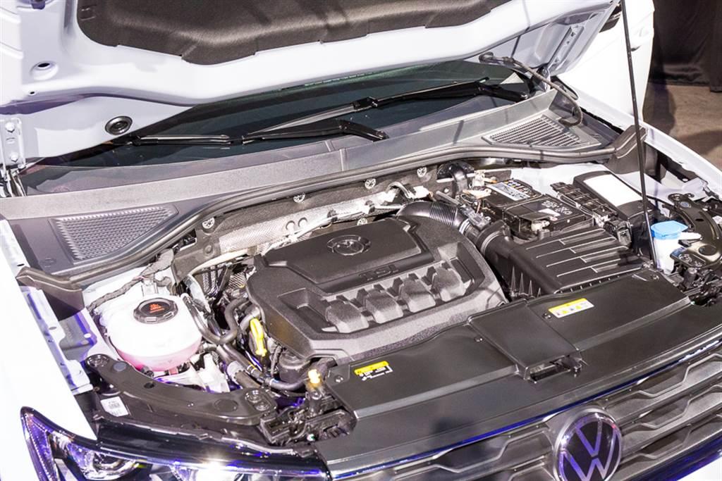 動力提供1.5TSI、2.0TSI兩款渦輪引擎選擇。