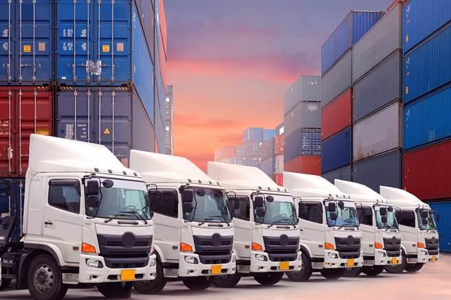 大陸快遞年業務量首破700億件。(shutterstock)