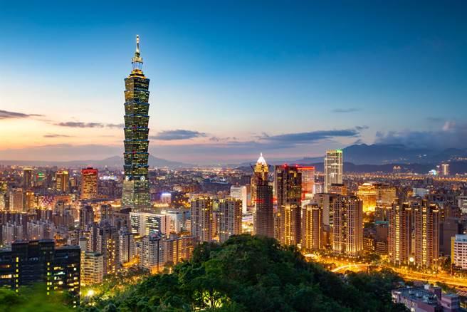 謝金河認為,這些年唱衰台灣的不少,但企業努力用數字告訴大家台灣的好!(示意圖/達志影像/shutterstock)