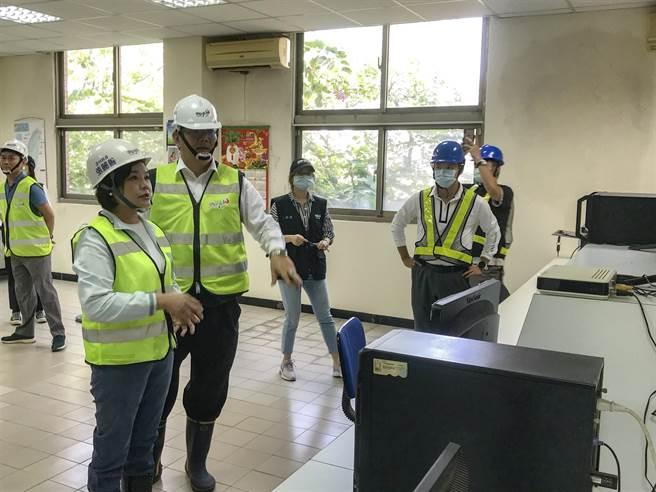 虎高共管監控中心24小時電腦監控管理,每4小時皆有人員定時全線巡檢,若有人違規闖入可立即掌握。(周書聖攝)
