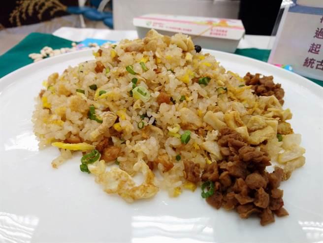 阿成炒飯的古早味豬油渣炒飯入圍第2屆「台灣炒飯王」。(農糧署南區分署提供/李宜杰台南傳真)