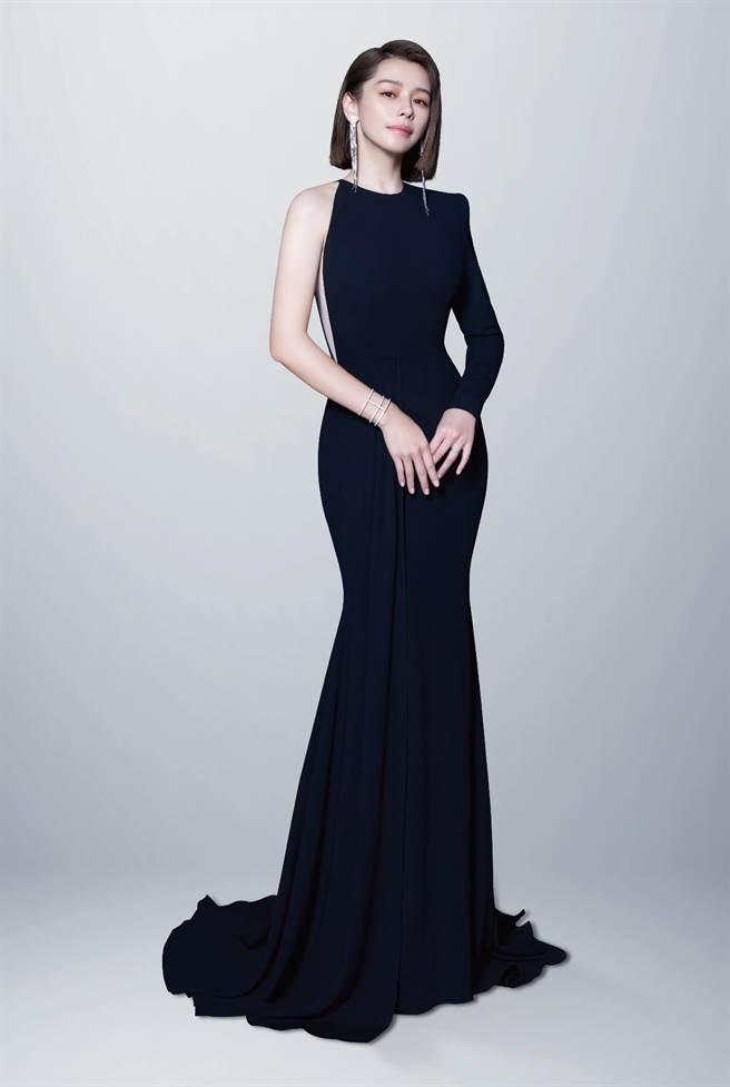 徐若瑄接下新代言,日前拍攝廣告大秀好身材。(LG提供)