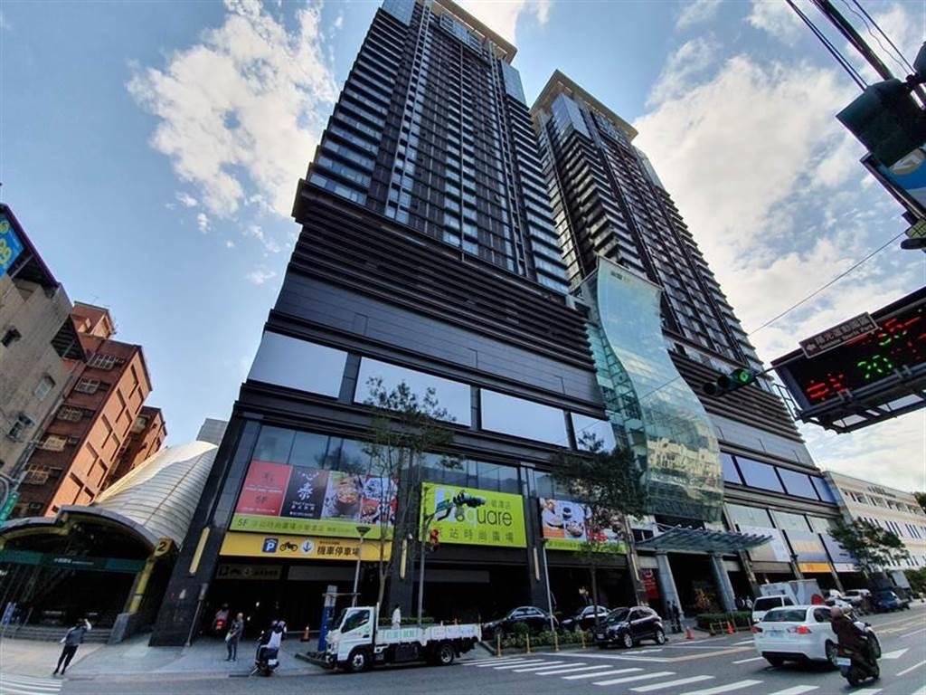 新北市統計指出,2019年台北市遷入新北市的人口,以新店區人數最多。圖為捷運小碧潭站。(資料照/葉書宏攝)
