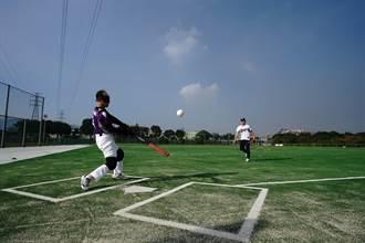 樹林鹿角溪棒壘球場22日啟用 全台首座身障專用