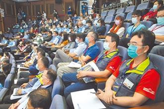 謝典林:府會攜手 強化產業競爭力
