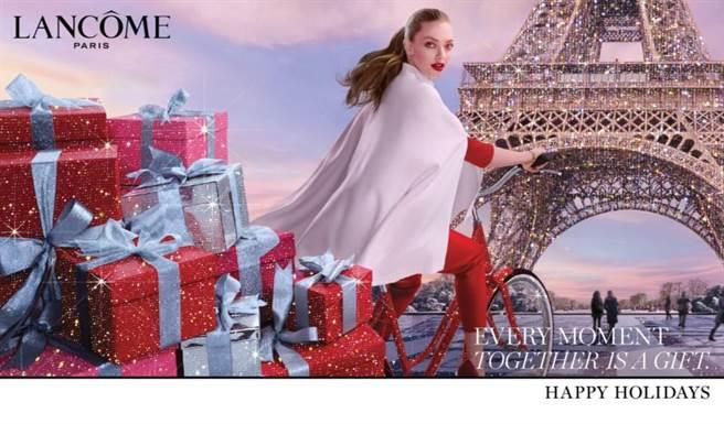 蘭蔻璀璨巴黎耶誕彩妝主視覺。(蘭蔻提供)