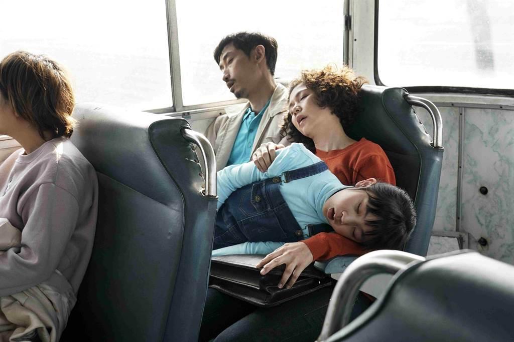 陳竹昇在《俗女養成記》中飾演暖心老公與老爸,溫暖體貼的形象深植觀眾心中。(公視提供)