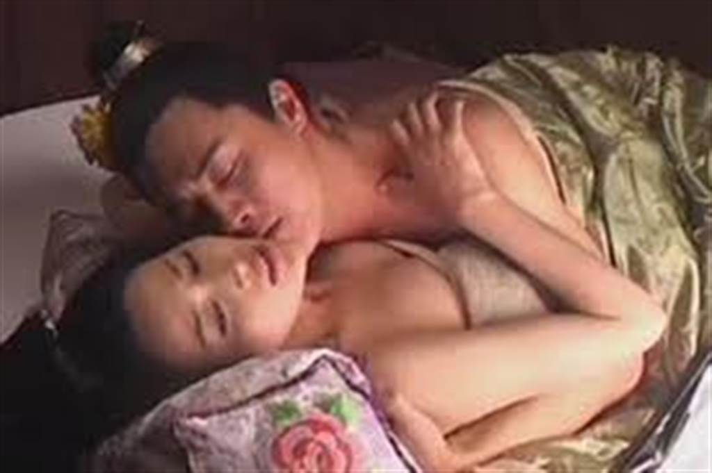 甘婷婷和杜淳在《水浒传》有激情床戏。(资料照)