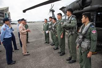 搜救失聯F-16飛官 參謀總長坐鎮應變中心