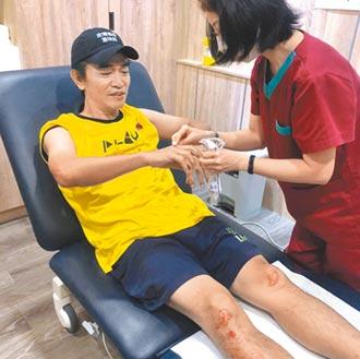 吳宗憲《玩很大》摔車受傷撞到頭