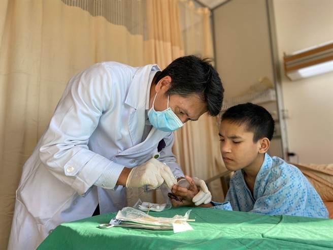 百事注册:新光醫院長獲TCSA六大獎項 成