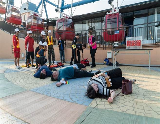 台中市政府觀旅局於麗寶樂園舉辦旅遊安全講習、緊急救護演練。(台中市觀旅局提供/王文吉台中傳真)