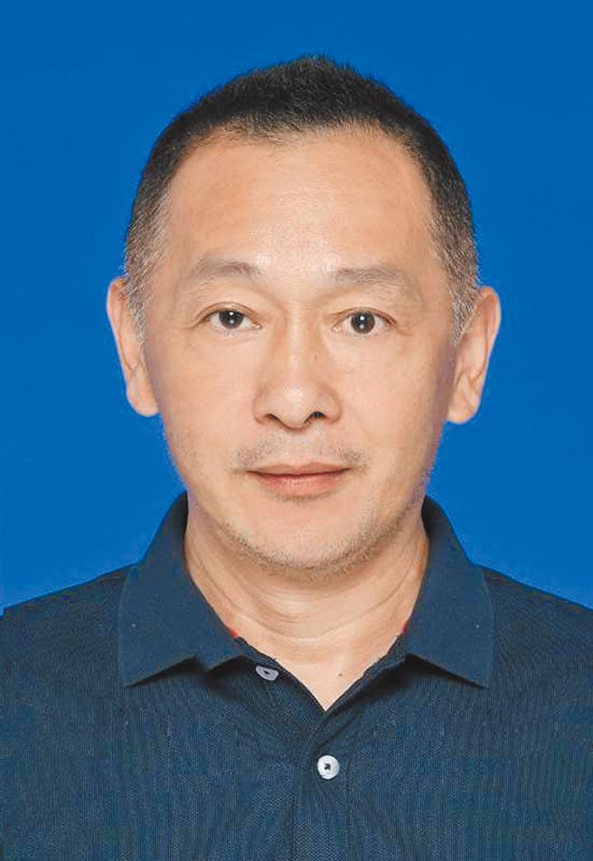 黃力生(中國馬拉松年度人物、百馬達人)