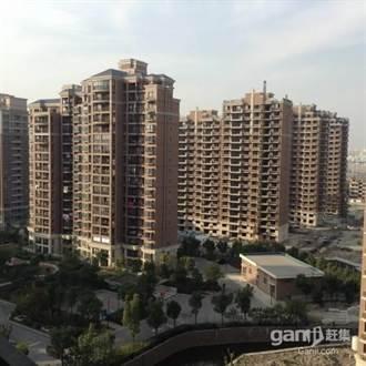 出現2例新冠確診 浦東新區周浦鎮明天華城小區列為中風險地區