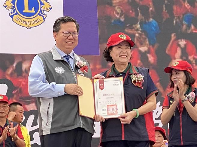 創會總監黃簡美桂擔任消防局義消防火宣導大隊長。(蔡依珍攝)