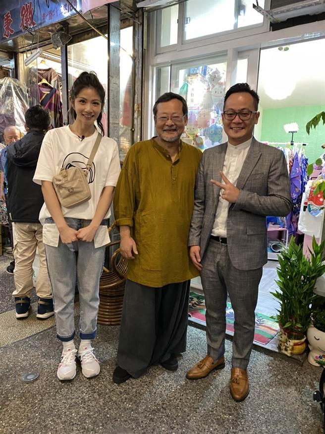 知名歌手李千那(左)、知名音樂製作人陳明章(右)都曾來基隆「委託行」朝聖。(童子瑋提供/吳康瑋基隆傳真)