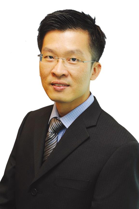 瑞銀財富管理投資總監辦公室外匯分析師陳得能