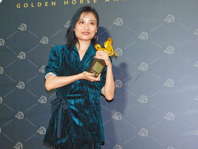 李哲昕花了8年才完成《迷航》。