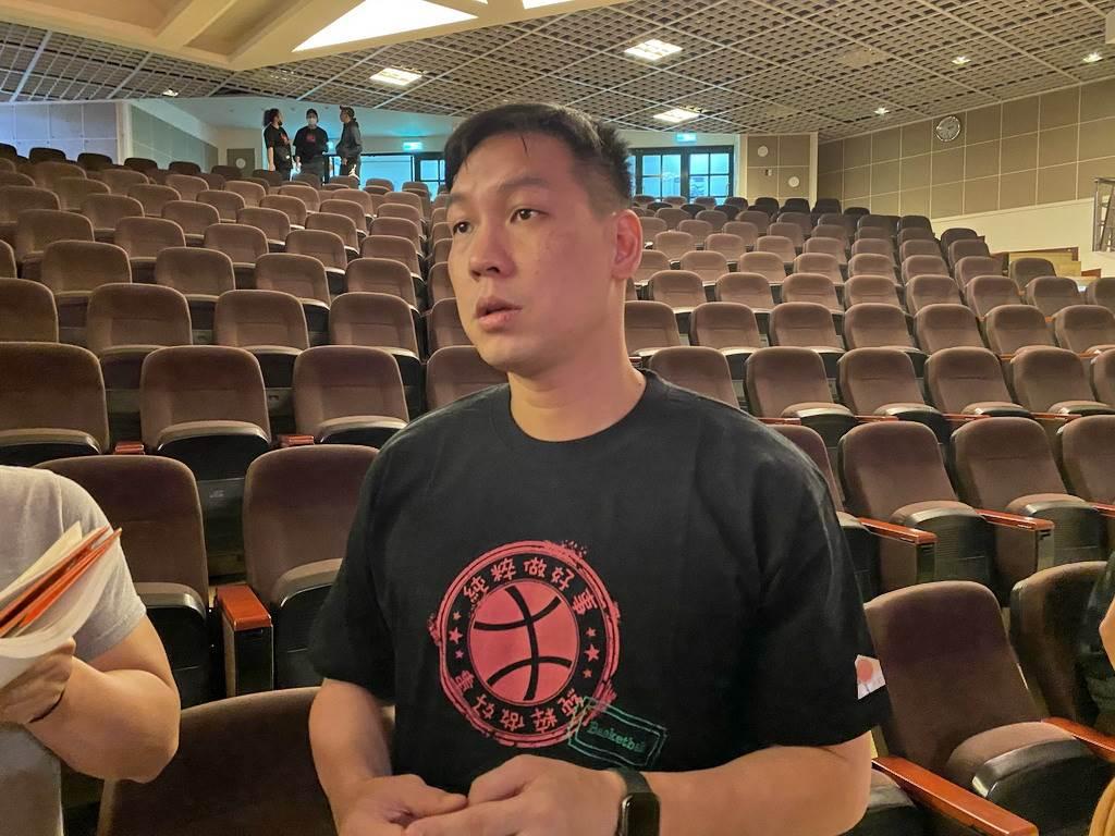 陳世念強調自己從來沒想過退休,只要能在場上幫到隊友就想繼續打下去。(黃及人攝)
