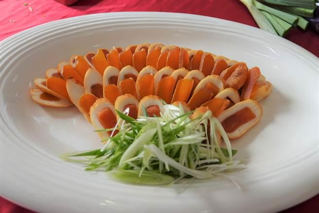 烏魚子料理令人食指大動。(謝瓊雲攝)