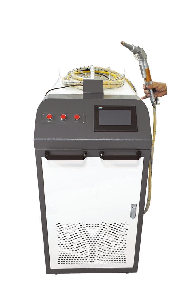 燦晶手持式雷射金屬焊接機,趁勢推出高功率機型。圖/燦晶公司提供