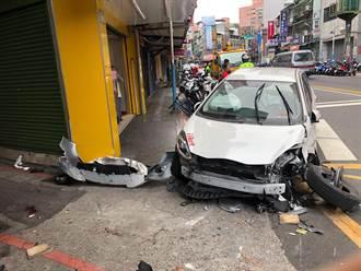 共享汽車衝撞3機車、2路人 路人意識不清急送醫