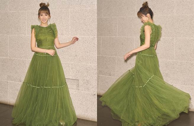 孫可芳穿著高品質再生聚酯纖維RENU™所製成的草綠禮服。(圖/品牌提供)