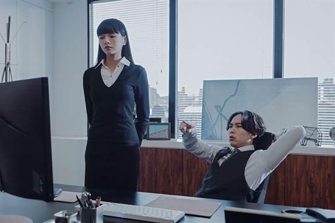 郭源元、巫建和主演公視賀歲喜劇《白日夢外送王》。(公視提供)